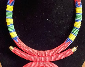 African Masai beaded necklace choker with pendant