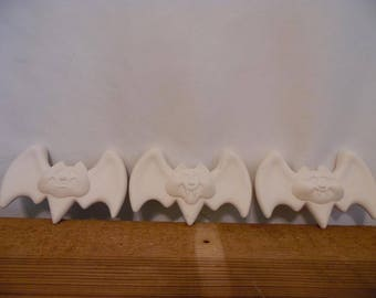 Ceramic Bisque Ready to Paint Bats set of 3