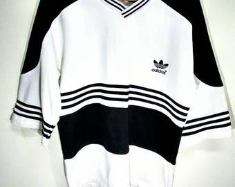 Vintage adidas stripes T