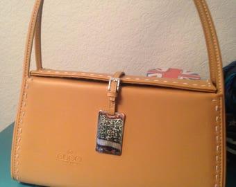 Gucci magnetic close purse