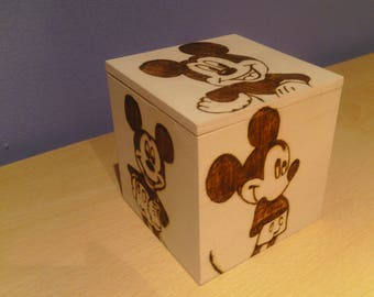 Mouse stylised wooden treasure chest cube gift jewellery box - can be personalised on request.