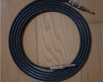 3m (10ft) Mogami W2524 Guitar Cable with Switchcraft Straight to Straight Plugs
