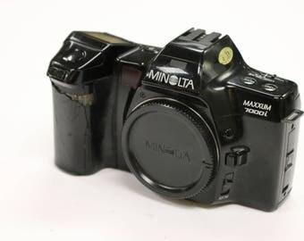 Vintage Minolta Maxxum 7000i 35mm SLR Film Camera Body