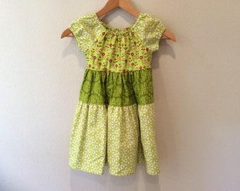 Girls Ruffle Dress - Size 5