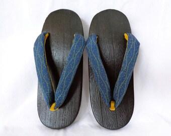 VJ122 : Vintage Japanese Kimono Geta wooden Sandals ,Womens Yukata Sandals