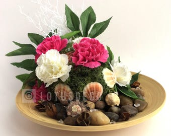 Wooden plate with artificial flowers and shells, handmade arrangement, home decor, faux flowers, shells, birthday, Mother's day, lotus deco
