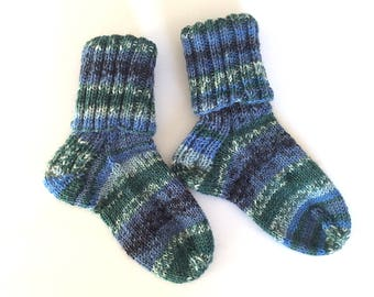 Hand knitted baby / toddler socks in blue and green, unique, random striped socks for boy or girl, baby shower gift, immediate shipping