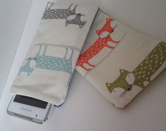 foxy fox phone pocket