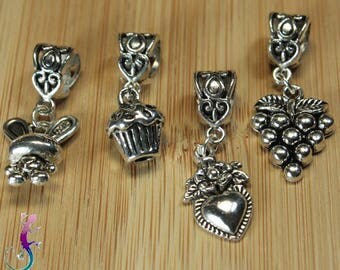 Set of 4 pendants charms