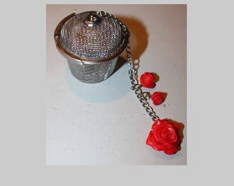 Filter tea, small red rose pot