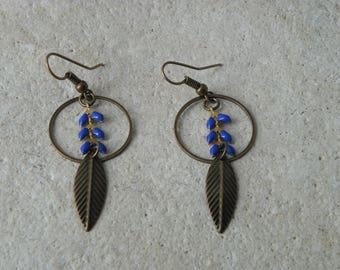Dark blue glazed ears 2 chain earrings