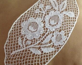 Very beautiful old inlay, bobbin lace