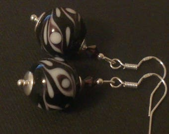 Burgundy - white and Silver 925 earrings