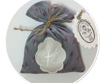 "SACHET of lavender with Monogram Letter ""V"""