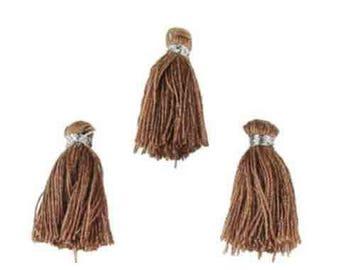 3 Brown tassels glossy textile dimension: 22x10mm