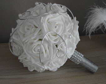 Bridal bouquet: white roses, pearls and rhinestones aluminium wire