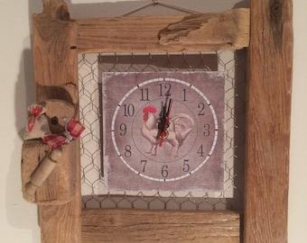 horloge murale sur cadre bois flott. Black Bedroom Furniture Sets. Home Design Ideas