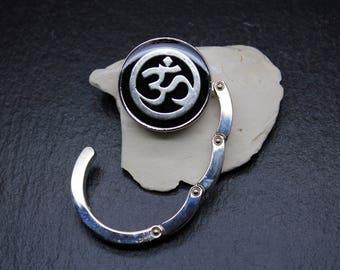 Bag hook * Ohm symbol *.