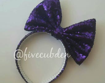 Purple oversized bow