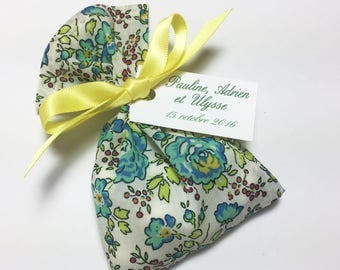 10 sachets personalized dragees in Liberty bliss