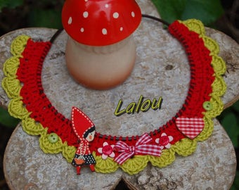 """All crocheted necklace """"walk in the Woods"""""""