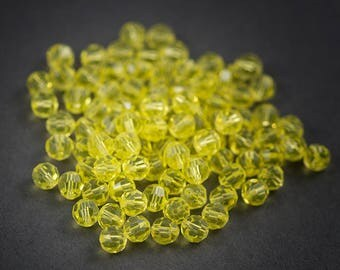 10 pcs - Bohemian, round faceted Crystal beads • yellow transparent 6mm