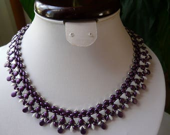 WOVEN NECKLACE LILAC AND WHITE