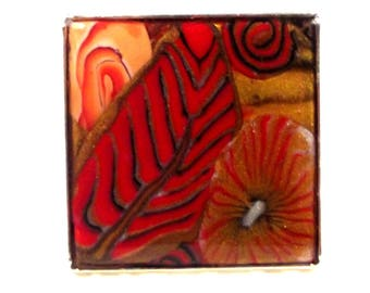 Square ring: flowers and leaves, red, orange and gold pattern