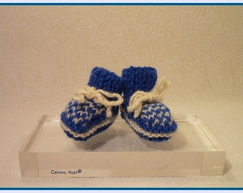 36 cm doll booties, handknit, blue and white jacquard pattern