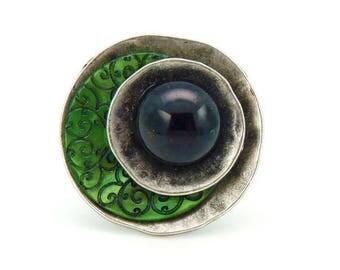 OLIVIA green ring