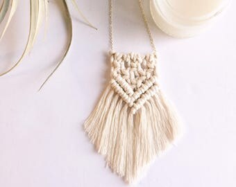 Macrame Necklace || indie