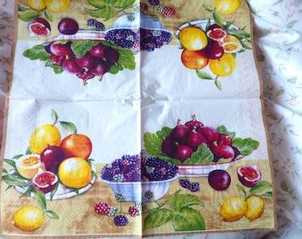 Fruit basket paper napkins