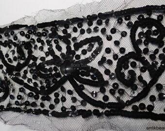 applique antique silk and sequins gelatine