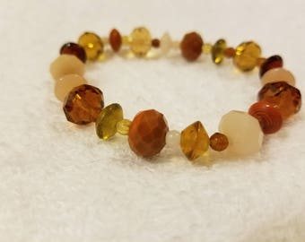 Brown glass bead bracelet