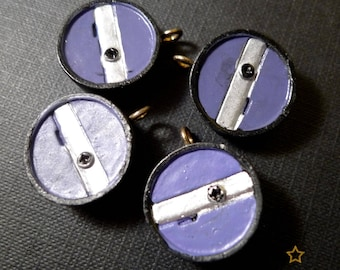 natural black and blue resin 4 charms