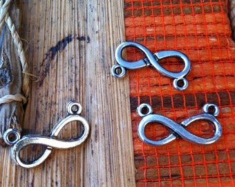 """6 connectors pendants form 8 """"Infinity"""", antique silver color"""