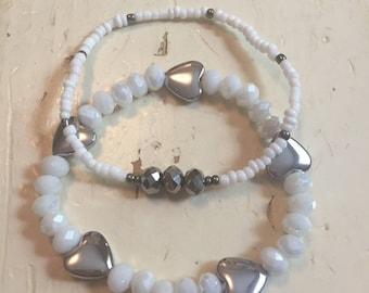 Set of 2 heart bracelets