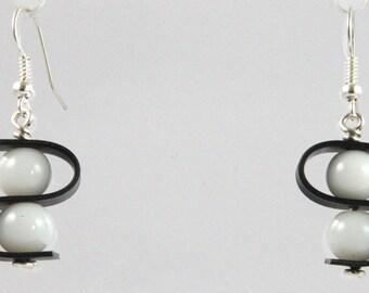 Boucles d'oreilles S perle blanche