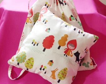 Small cushion pillow in matching bag