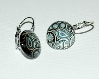 Series print cabochon earrings