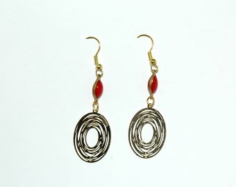 Oval earrings gold and Red
