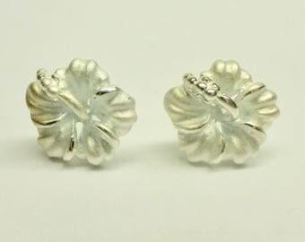 Plumeria Sterling Silver Screwbacks Earrings!! Made in Hawaii!!