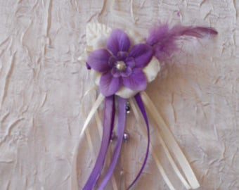 Ivory flower hair clip / purple