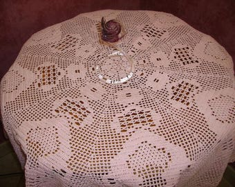 Octagonal pedestal table cloth