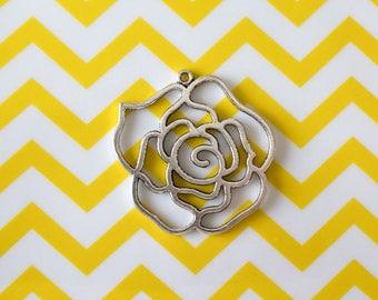 Large pendant of Tibetan silver rose, 44 mm