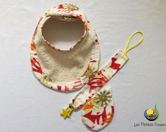 All sparkling bib boat neck, hanging pacifier, wipe