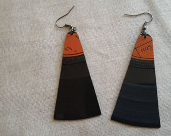 Earrings made of recycled vinyl record 45 rpm - Orange