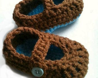 Baby Crochet Button Shoes