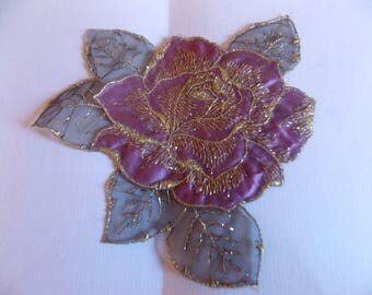Gold wire and purple flower applique