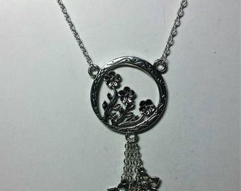 Necklace pendant flower basket and cascade of flowers